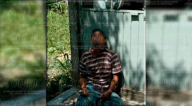 Se suicida en la entrada de su domicilio