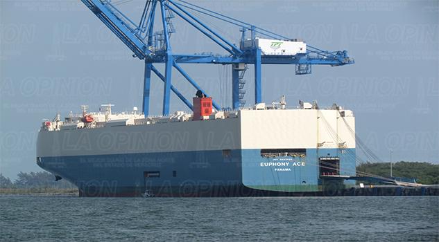Tuxpan exporta 8,200 vehículos