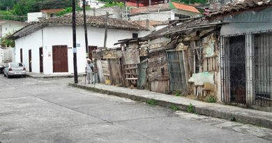 Un grave peligro para los transeúntes las casas antiguas