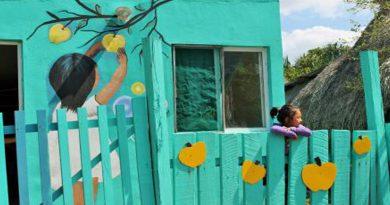Chacchoben, el pueblo fantasma que revivió con murales de colores