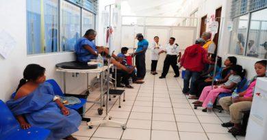 desvian recuersos centros salud