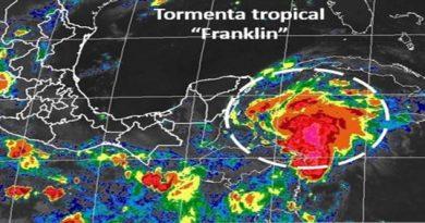 'Franklin'; alerta en
