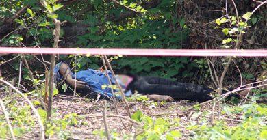 Asesinan a una mujer