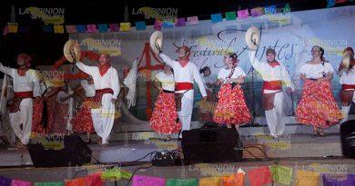 Controlan Gastos Festival