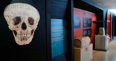 Entrelazan simbolismo sacrificial de mayas y mexicas en par de exposiciones del Museo Maya de Cancún