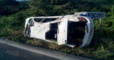 Familia sufre accidente en la carretera Tuxpan-Tampico1