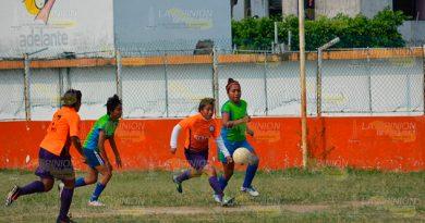 La Liga Universitaria Futbol Femenil
