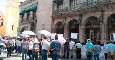 Manifestación Pensionados Palacio Gobierno Xalapa