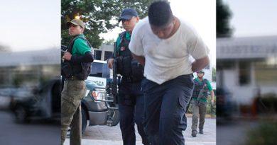 Policía IPAX Detenido Viola Cajera