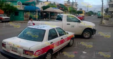 Taxi Camioneta CFE