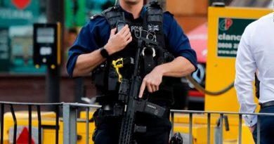 Arrestan a un hombre en relación con el ataque en el metro de Londres