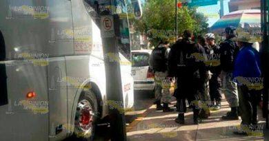 Asaltan Autobus Sujetos Armados