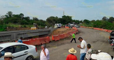 Bloquean autopista Cardel-Poza Rica