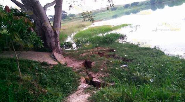 Caminos y rodadas sufren grietas por constantes lluvias1