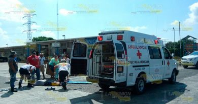 Continuar Ayudando Cruz Roja Clama Auxilio