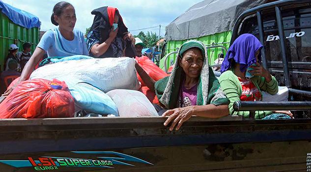 Crece Número Personas Evacuadas