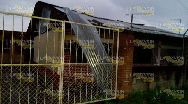 Dos Catorce Refugios Activados Huracán Katia