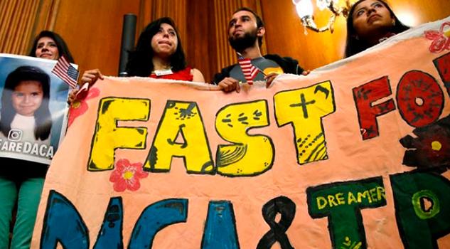Dreamers Huelga Hambre Frente Congreso
