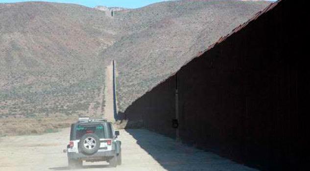 E.U. Empresas Prototipo Muro