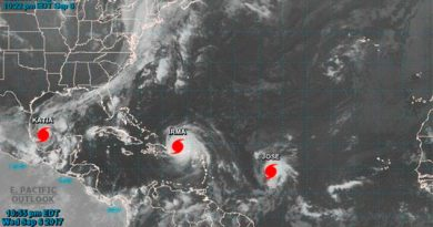 El huracán Katia se intensificó frente a la costa este de México y las autoridades están en alerta