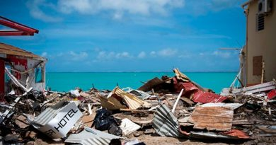 Emmanuel Macron visita islas francesas del Caribe devastadas por Irma