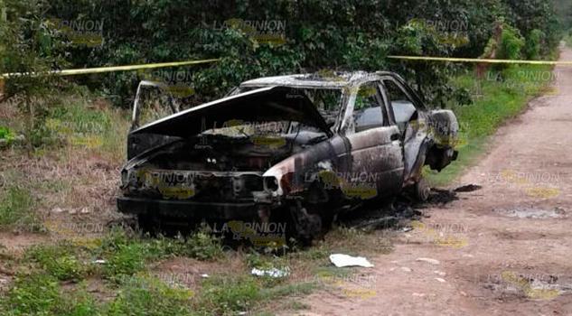 Hallan Taxi quemado El Morro