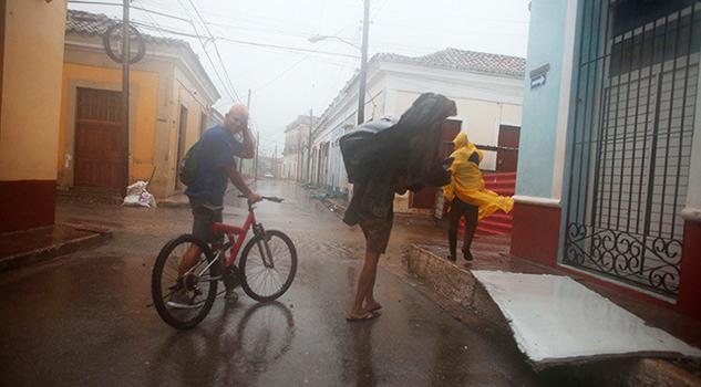 Huracán Irma Categoría Tres