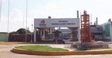 Reparación de Refinería Lázaro Cárdenas reactivará plazas en Pemex