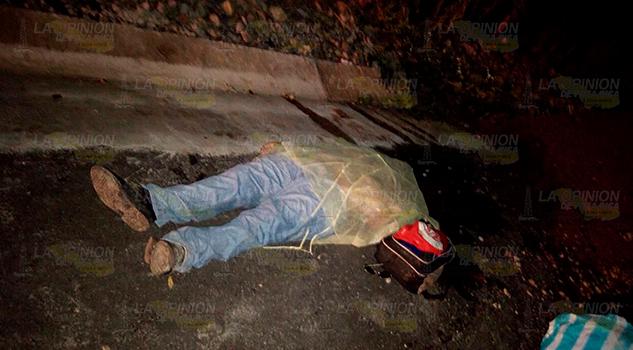 Taquero muere al derrapar su motocicleta1