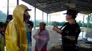 Rescatan Familia Inundaciones Tlapacoyan