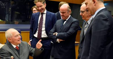 Berlín Rechaza Reformas Proponen Macron Juncker