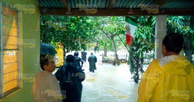 Caos Lluvias Cerro Azul