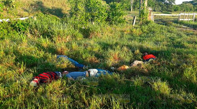 Cinco Ejecutados Tuxpan Jóvenes Poza Cuero