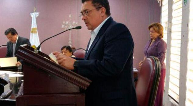 Exhorta Callejas Roldán a SEV a pagar adeudos a maestros
