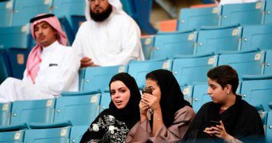 Mujeres Arabia Saudita Entrar Estadios Deportivos 2018