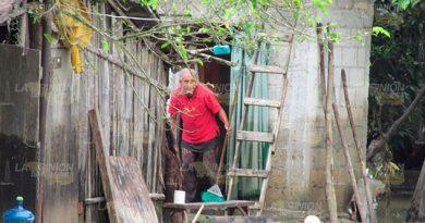 Todos sacaban las aguas de sus casas.