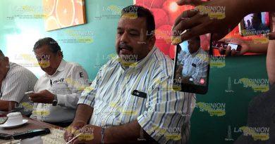 Alcalde Demanda Esclarecimiento Venta Petroquímico Escolin