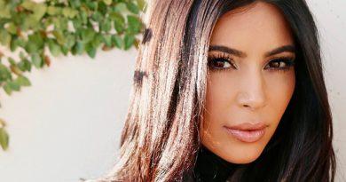 Brillante Kim Kardashian Desnuda