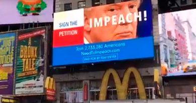 Campaña Destituir Trump Times Square