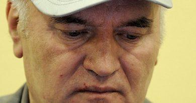 Ratko Mladic Condenado Cadena Perpetua Genocidio Srebrenica