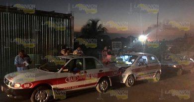 Taxistas Chocan Alcance