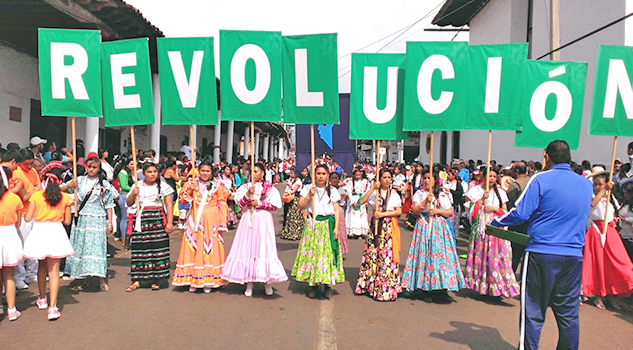 FOTOGALERIA: Asi se vive el desfile del 20 de Noviembre
