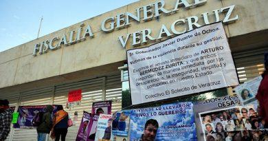Denuncian Familiares Desaparecidos Discriminados Protestar
