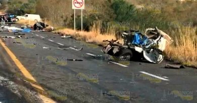 Muerto Terrible Choque Carretera Zaragoza Gonzáles