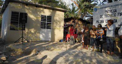 Programa Combate Pobreza Cambia Vida Familias