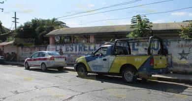 Taxistas Mira Transporte Público
