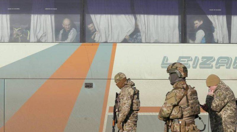 Ucrania Líderes Separatistas Concluyen Gran Intercambio Prisioneros
