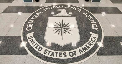 E.U. Detiene ExAgente CIA