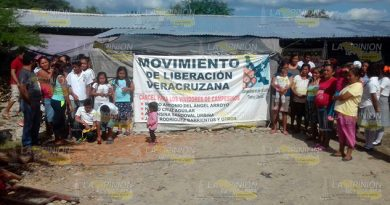 Expulsados Poblado Chichicoaxtla
