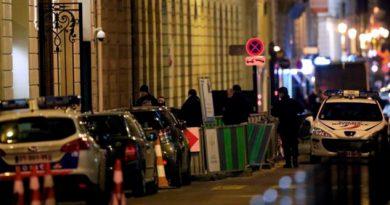 Millonario Robo Joyas Lujoso Hotel Ritz París